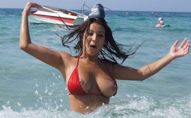 Carmen Breasts Tits Exposed Revealed 86
